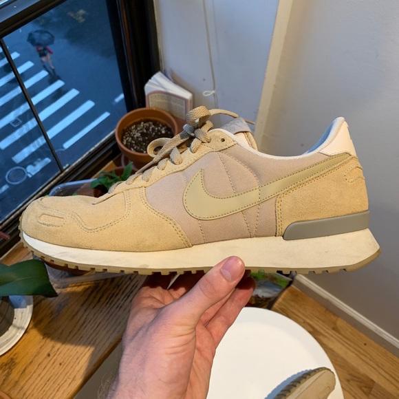 4c0ad1d41aeac4 Nike Shoes   Air Vortex Mushroom   Poshmark